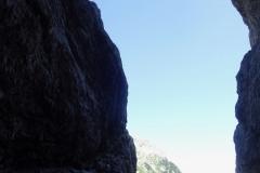 trzaska-smer-triglav-klettern-07-5.SL-aus-der-Dunkelheit-ins-Licht